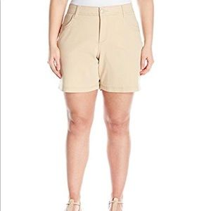 NWT Lee 1889 Mid-Rise Walk-Shorts In Cafe 14